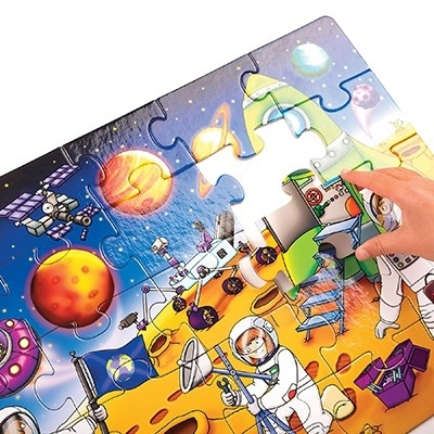 Puzzle Spatiul cosmic (25 piese) WHO'S IN SPACE3