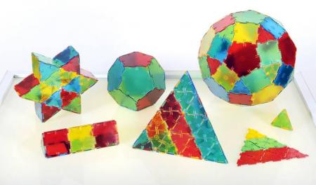Set constructii Polydron Translucent 100 de triunghiuri1