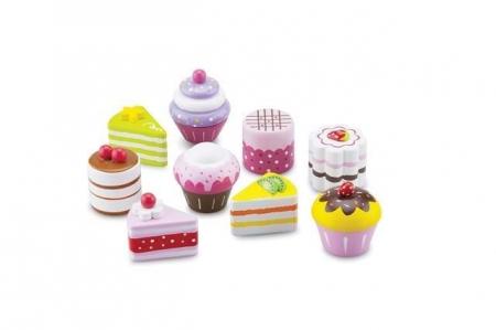 Set de 9 prajituri in cutie de cadou [1]