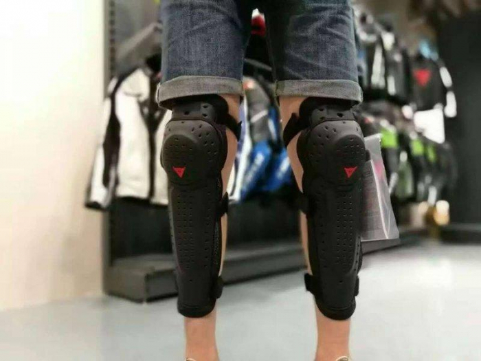 Genunchiere moto Dainese Knee V E1  5