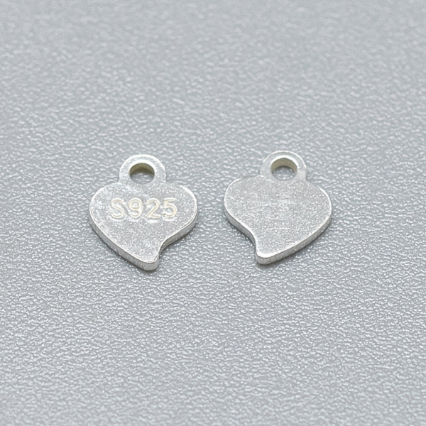 charm-inima-din-argint [1]