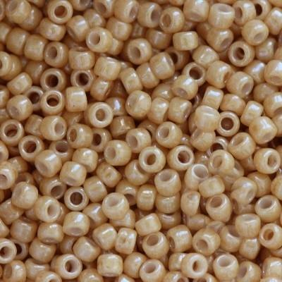 Margele Toho Round 15/0 opaque lustered dark beige TR 15 123D [0]