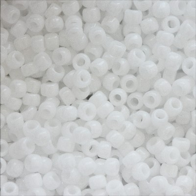 Margele Toho Round 15/0 opaque white 1.6 mm TR 15 41 0