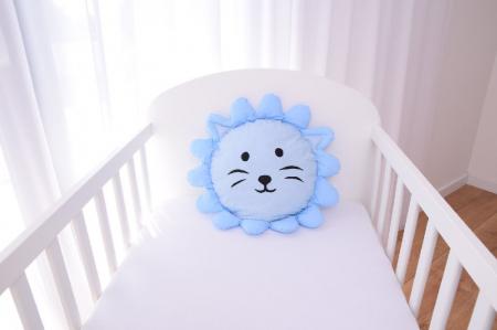 Perna decorativa leul Lulu blue1