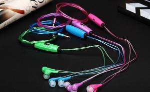 Casti Audio cu Cablu cu LED4