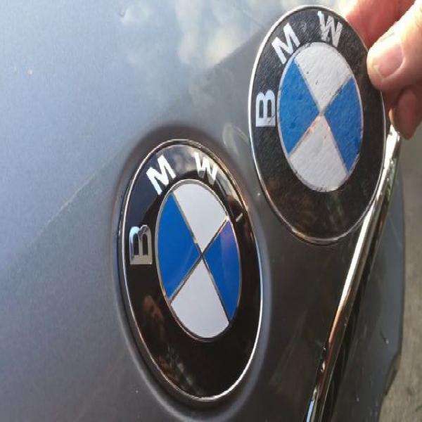 Semn capota-portbagaj BMW 2