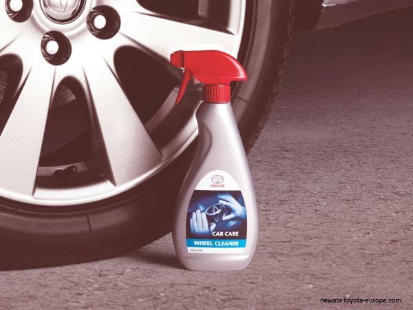 Spray pentru curatarea jantelor [0]