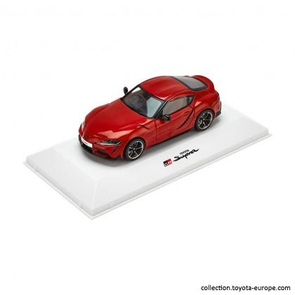 Mașină model Supra la scara 1-43 roșie [0]