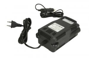 Robot de pornire incarcator acumulator Booster P10-2500 12V 2500A 850A 55cm3