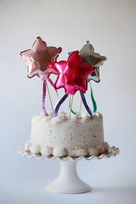STAR CAKE TOPPER 33 CM 1