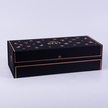 Cutia Zodiac neagră