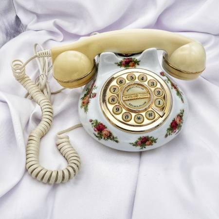 Telefon portelan Royal Albert . ID 1150