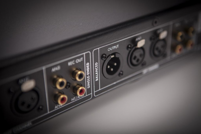 Preamplificator Electrocompaniet EC 4.8 Mk2 2