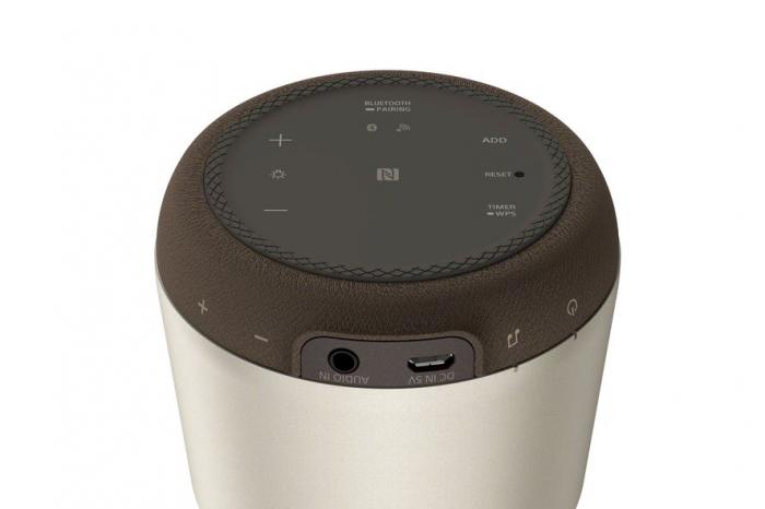 Sony LSPXS2, Boxă portabilă compactă și elegantă, cu tweeter cu tub din sticlă organică, sunet 360°care umple camera, LED reglabil, prin Bluetooth și Wi-Fi. [4]