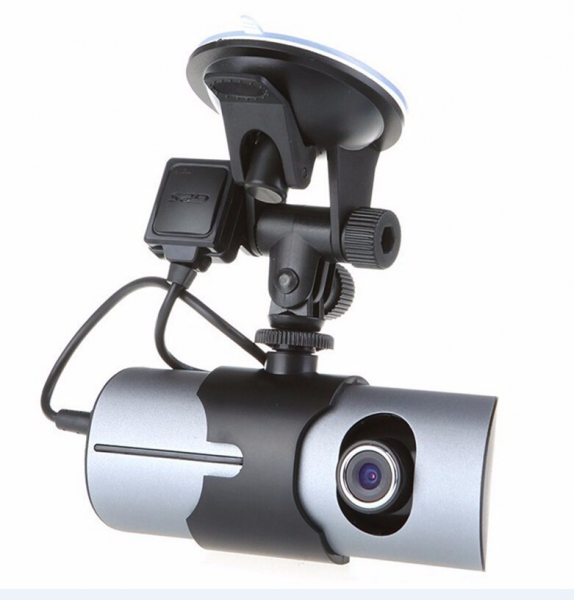Camera auto DVR FreeWay™ R300, GPS, camera dubla, 720p@30fps HD, baterie incorporata, G-senzor, lentile Sony , super night vision, mod de noapte automat, 2.7 inch LCD, unghi de filmare 140 grade, inre 5
