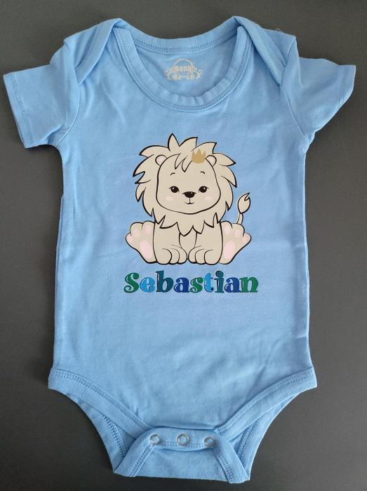 Body bebe personalizat din bumbac, pentru baietel, cu nume si leu [3]