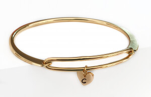 Bratara bangle placata cu aur, fixa, personalizata, cu inimioara gravata cu o initiala [3]