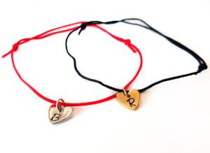Bratara personalizata, cu initiala gravata pe inimioara placata cu platina, cu snur ajustabil [2]