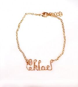 Bratara personalizatacu nume, realizatamanual din sarma, cu lant placat cu aur [3]