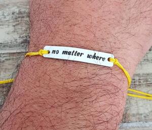 Bratara personalizata gravata pe placuta de aluminiu cu mesajul No matter what [3]