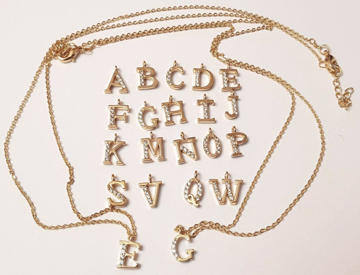 Colier cu initiala, placate cu aur, cu cristale Cubic Zirconia [7]