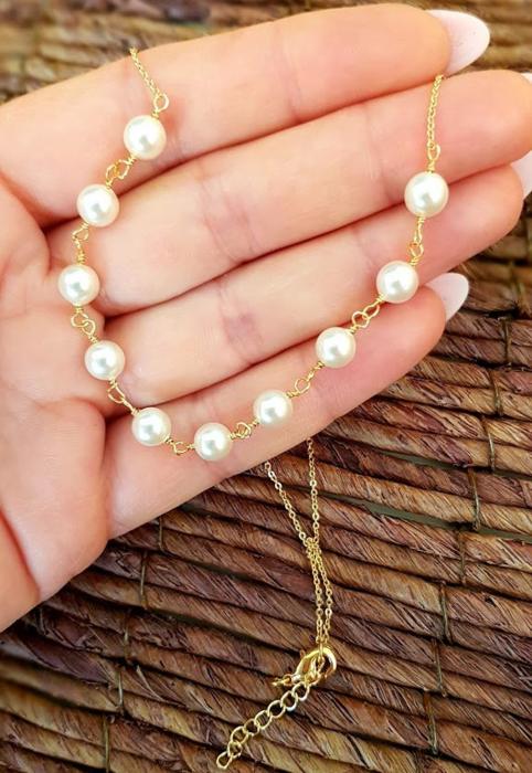 Colier cu perle albe Swarovski, placat cu aur, la baza gatului [3]