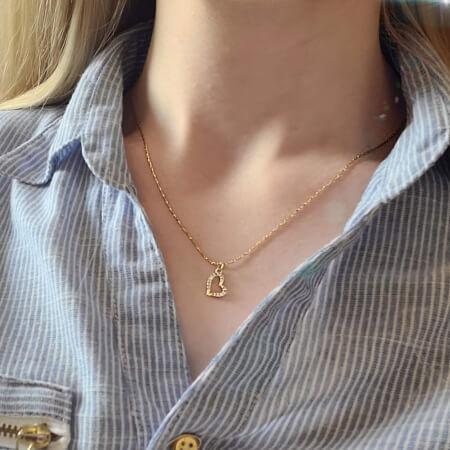 Colier minimalist, cu inimioara abstracta, cu cristale Cubic Zirconia placat cu aur [3]