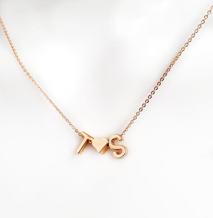 Colier personalizat cu doua initiale si inimioara, placat cu aur [0]