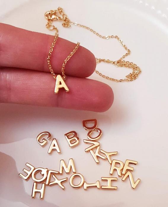 Colier personalizat cu initiala, placat cu aur [2]