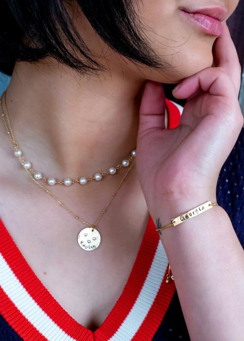Colier personalizat placat cu aur cu banut gravat Girl Bosst, colier minimalist [1]