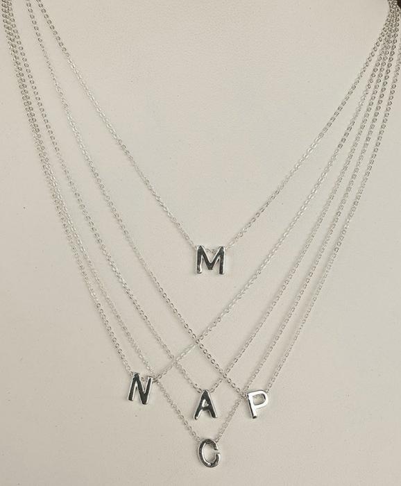 Colier personalizat cu pandant initiala numelui, placat cu argint [5]