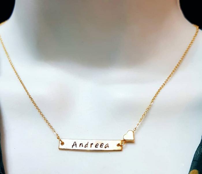 Colier placat cu aur, cu pandant dreptunghiular, personalizat cu nume si inimioara [5]