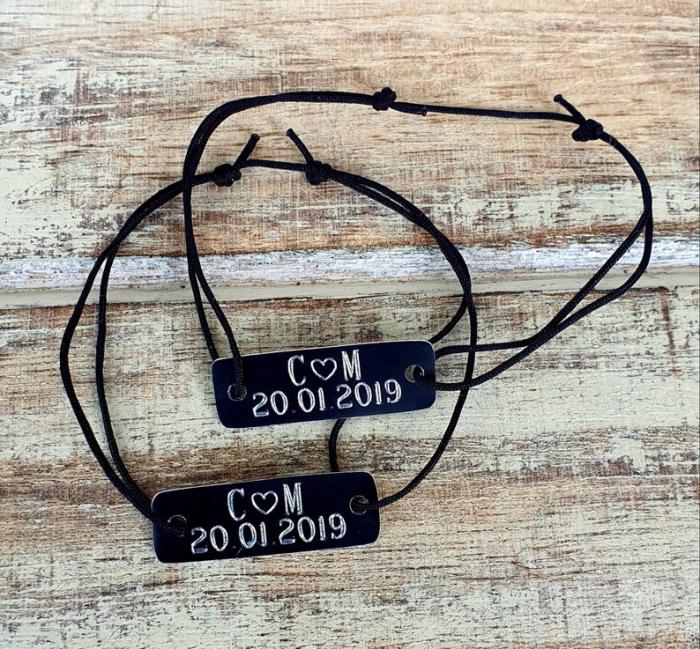 Bratari personalizate pentru cuplu, cu initiale si inimioara gravate, cu snur ajustabil [2]