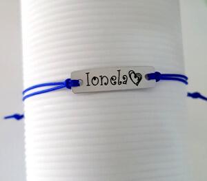 Bratara Curlz personalizata, cu nume gravat pe placuta din aluminiu argintiu, cu snur special si ajustabil, potrivita pentru cupluri [2]