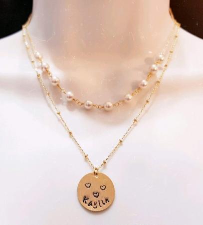 Colier cu perle albe Swarovski, placat cu aur, la baza gatului [7]
