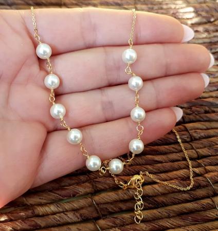 Colier cu perle albe Swarovski, placat cu aur, la baza gatului [5]