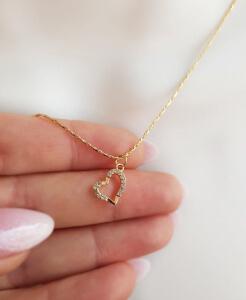 Colier minimalist, cu inimioara abstracta, cu cristale Cubic Zirconia placat cu aur [2]