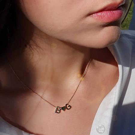 Colier personalizat cu doua initiale si inimioara, placat cu aur [2]