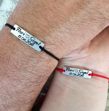 Set de 2 bratari personalizate pentru cuplu cu nume si data, gravate pe placuta din aluminiu cu snur ajustabil si inchidere macrame [4]