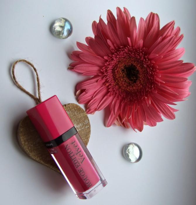Ruj de buze cu efect matifiant Bourjois Rouge Edition Velvet No.06 Pink Pong, 7.7ml [4]
