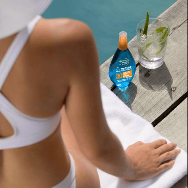 Spray bifazic transparent cu protectie solara SPF30 Ambre Solaire - 150ml 3