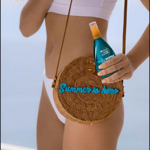 Spray bifazic transparent cu protectie solara SPF20 Ambre Solaire - 150ml 3