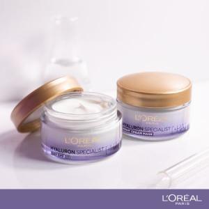Set L'Oreal Paris Hyaluron Specialist Crema de zi, 50 ml + Crema de noapte, 50 ml + Crema de ochi, 15 ml + Masca servetel [3]