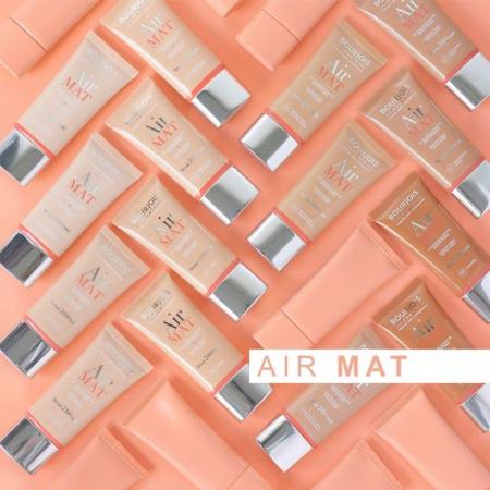 Fond de ten BOURJOIS Air Mat - 03 Light Beige, SPF 15, cu acoperire medie [2]