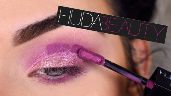 Trusa 12 Farduri Lichide Huda Beauty 4