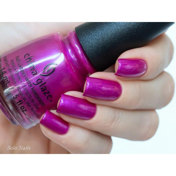 China Glaze Don't Desert Me 1