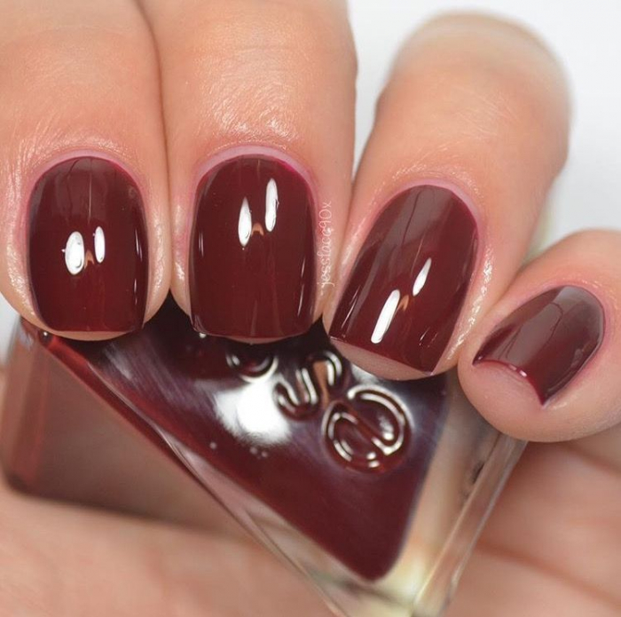 Essie Gel Couture Spiked with Style 2