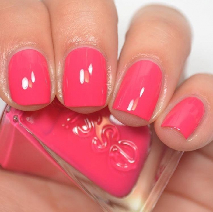 Essie Gel Couture The It-Factor 1