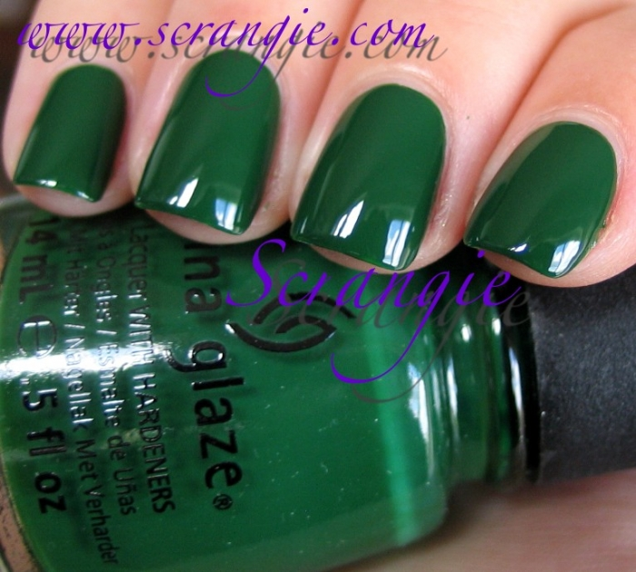 China Glaze Holly-Day 1