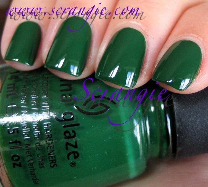China Glaze Holly Bear-y 1